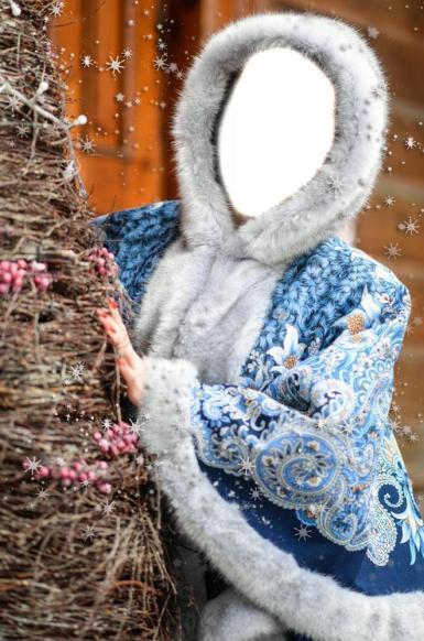Новогодний коллаж для женщины. Красивое голубое манто, отороченное голубой норкой. Костюм Снегурочки.