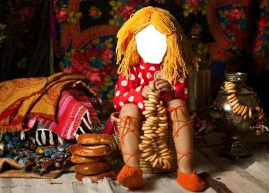 Приколы. Рамка, фотоэффект: Девочка с баранками. Шуточный коллаж, прикол, фотомонтаж для детей. Девочка со связкой баранок. Самовар, ватрушки, цветастые платки. Красная рубашка в горох.