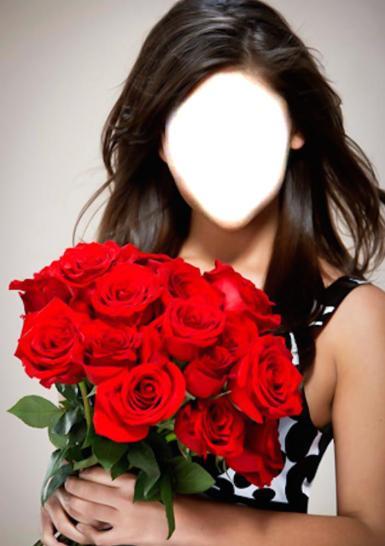 Женские. Рамка, фотоэффект: С букетом роз. Девушка с букетом красных роз
