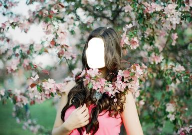 Женские. Рамка, фотоэффект: Девушка с длинными волосами. Девушка, цветение яблони
