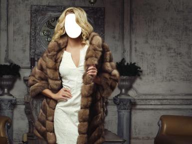 Женские. Рамка, фотоэффект: Девушка блондинка в шубе.