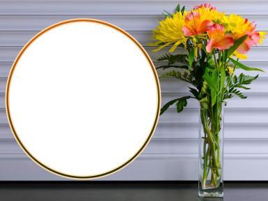 Рамки другого цвета. Рамка, фотоэффект: Круглая рамка. Скромная, стильная рамочка для вашего фото. Желтый цветочный букет.