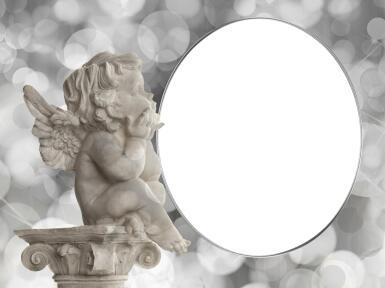 Романтика. Рамка, фотоэффект: Скульптурка ангелочка. Мальчик ангелок сидит наверху античной колоне и размышляет, глядя на ваше фото.